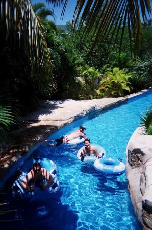 Iberostar Paraiso Lindo: lazy river