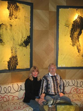 "ADR Hotel: Modern cozy eating area in ""lobby area"""