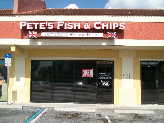 Pete's Fish and Chips: Fron of restaurant