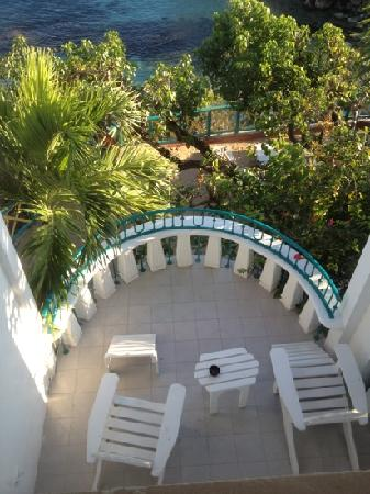 Franklyn D Resort & Spa: View of our balcony from our bedroom