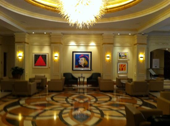 Conrad Indianapolis: Lobby with original Warhol