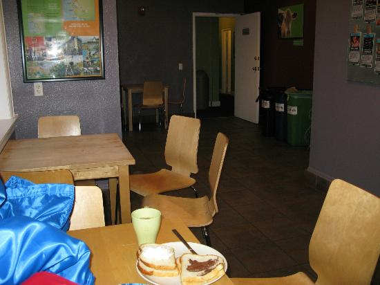 Hostelling International- San Francisco/ Downtown: Diningroom