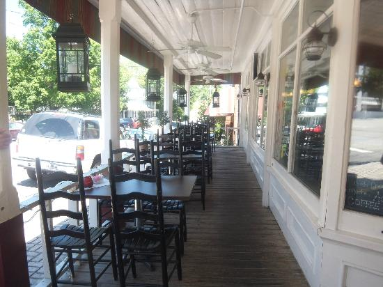 Restaurant at K Corner: The Front Porch at Souther Comforts Cafe