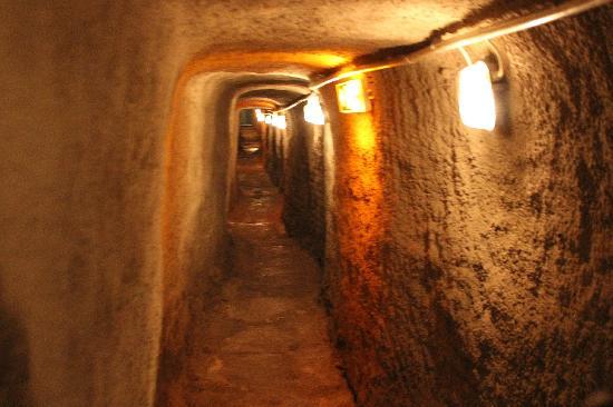 Historische Felsengange: Tunnel