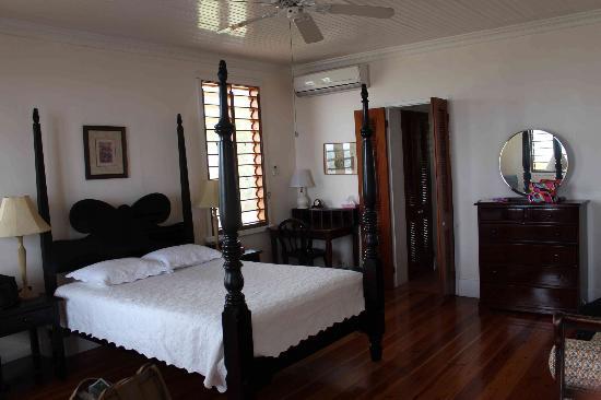 Datura Villa: Master Bedroom (Room# 1)