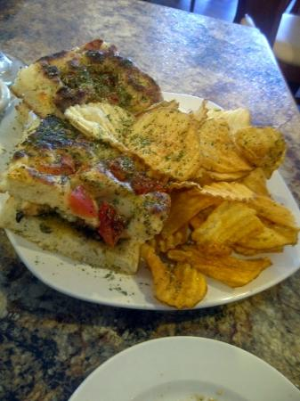 Bellissimo : Rosemary Chicken Panini