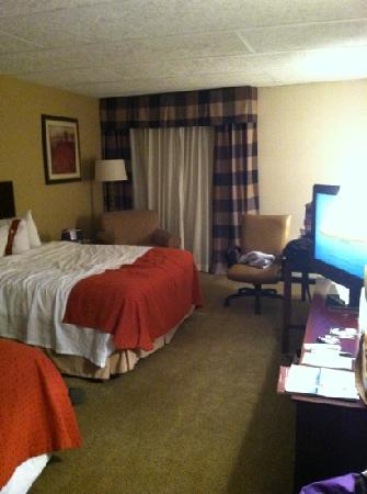 Red Lion Hotel Harrisburg Hershey: Queen double 4th floor