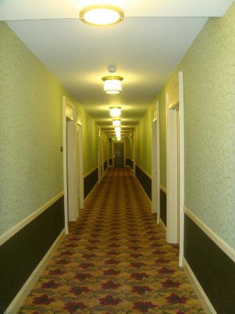 Hilton President Kansas City: Hotel Room Hallway