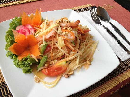 Jaidee Resort: A refreshing and spicy shrimp/papaya salad