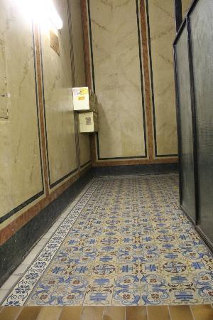 Pension Residenz: Near the lift
