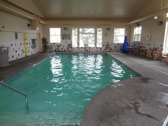La Quinta Inn & Suites Kalispell: pool