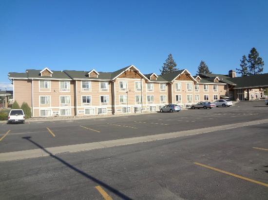 La Quinta Inn & Suites Kalispell: exterior