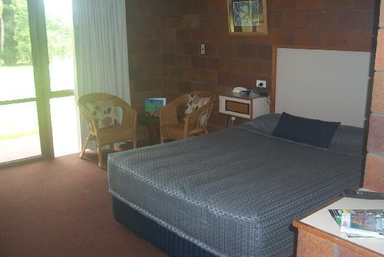 Malanda Lodge Motel: Double Room