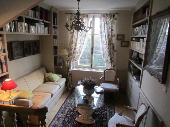 Le Clos Jouvenet : Guest lounge
