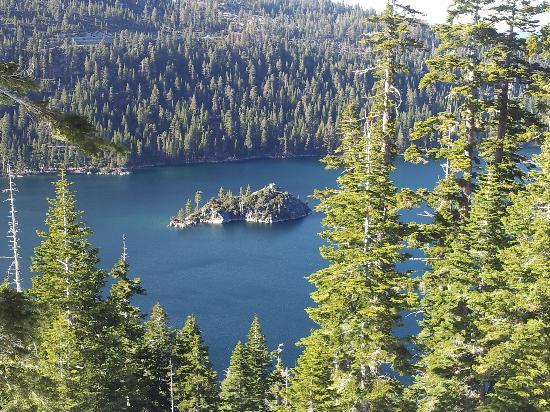 Emerald Bay State Park: view of the bay