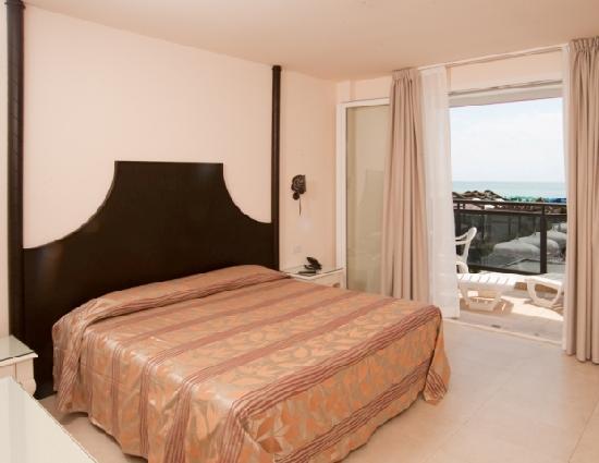 Hotel Baia del Mar: De Luxe room with front sea view.