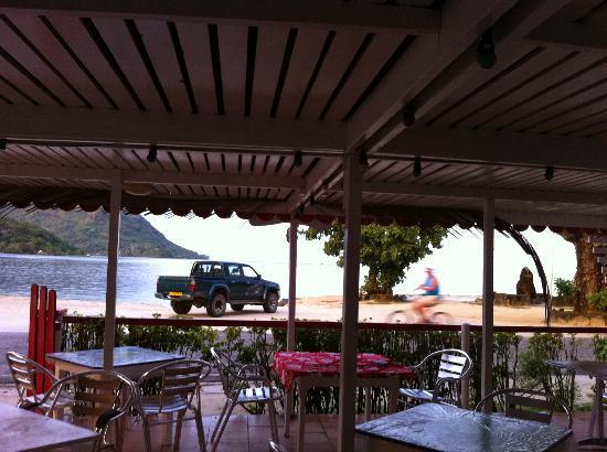 Chez Guynette: La terrasse