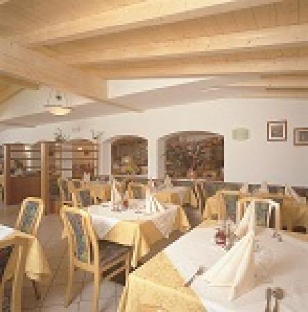 Albergo San Leonardo: Il ristorante-pizzeria