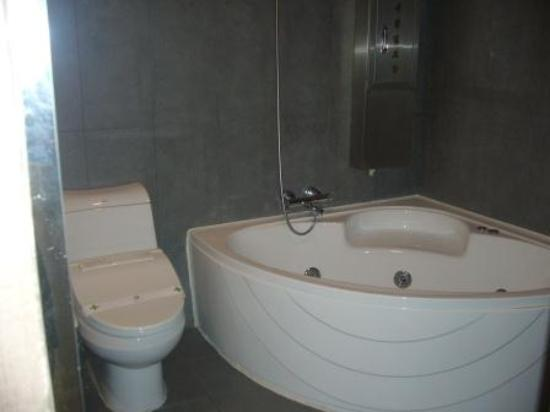 Nox Hotel : Bathroom 2