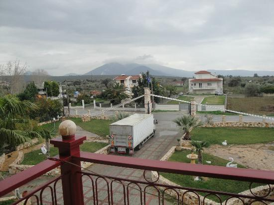 Hotel Mandravelos : View from our balcony