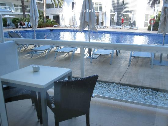 Las Gaviotas Suites Hotel: A view from the balcony