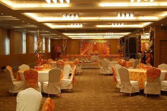 Clarks Inn Suites: Banquet Hall