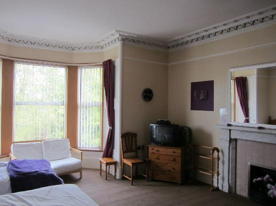 Langlands Bed & Breakfast: Family room