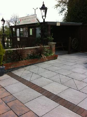 Gelsmoor Patio