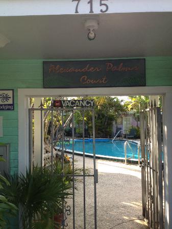 Alexander Palms Court: Gated Rntrance