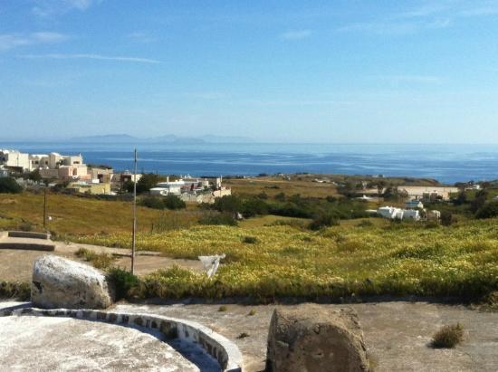Santorini Yoga With Veronika : the view
