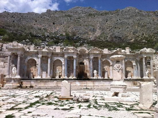 Ağlasun, Türkiye: Most beautiful restoration in Sagalassos