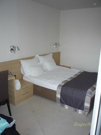 Olympia Hotel: room