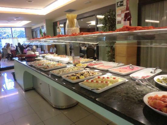 Vallirana, España: buffet