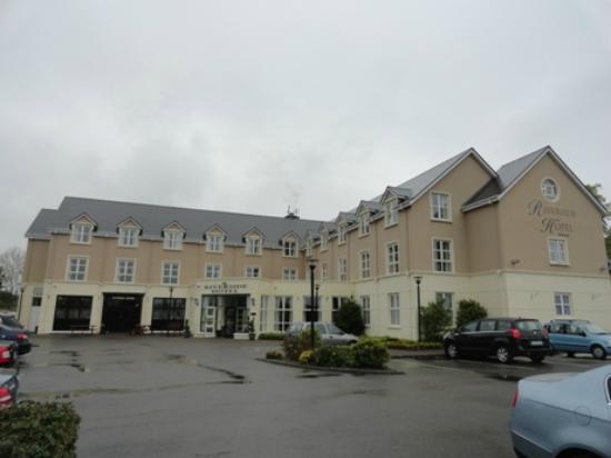 Riverside Hotel Killarney: Hotel front
