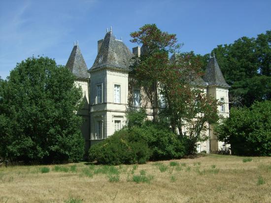 Chateau du Goupillon : Chateau von hinten