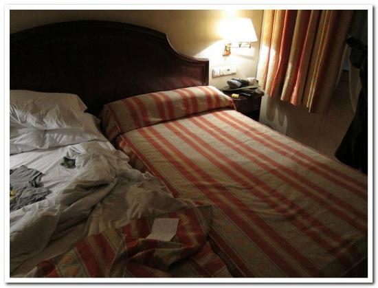 Hotel Cordon : Beds