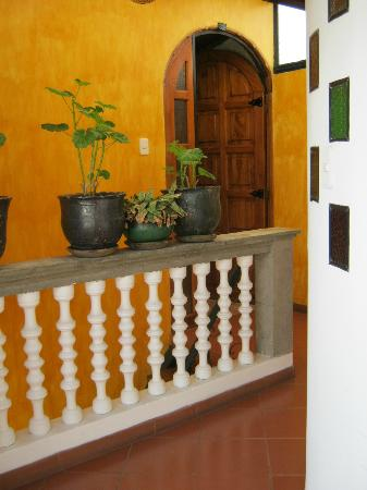 Hotel San Francisco de Quito: Doorway to room (not our suite)
