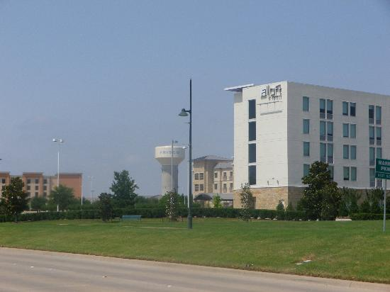 Aloft Frisco: Hotel viewed from across the street