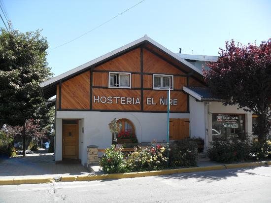 Hosteria El Nire : Fachada de la Hostería