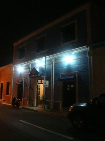 Hotel del Peregrino: Vista de calle