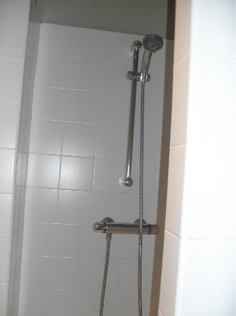 Hotel  Le Cavendish: shower