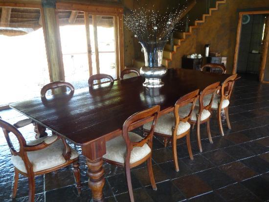 Sediba Private Game Lodge: Eet mogelijkheid in het hoofdgebouw