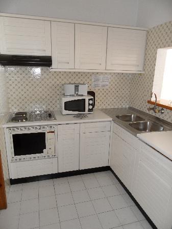 Hotel Almar: Kitchen