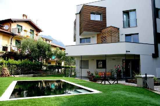 Residence Venti del Garda: piscina idro