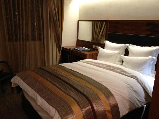 Hotel Bristol Sarajevo: camera confortevole