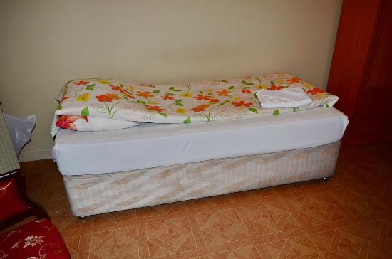 Yeni Hostel: single bed