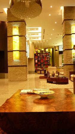 Courtyard by Marriott Guayaquil : lobby