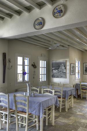 Delfini Restaurant : The restaurant inside