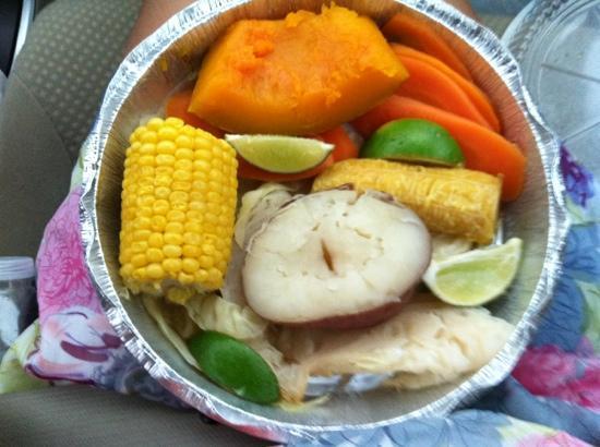 Versailles Cuban Restaurant: veggie plate, vegan