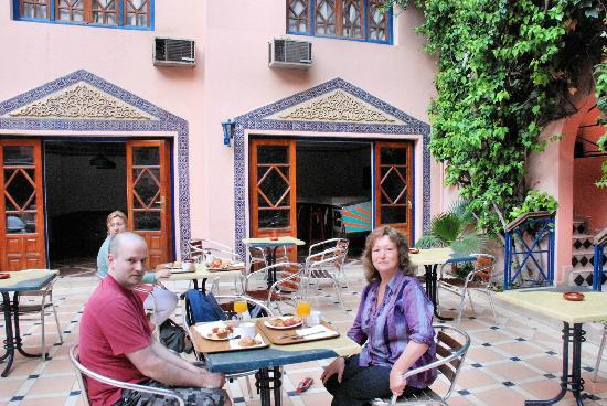 Hotel Oudaya: Breakfast